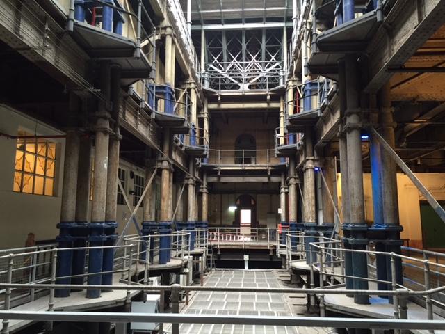 Interior del palacio - Tanques de agua