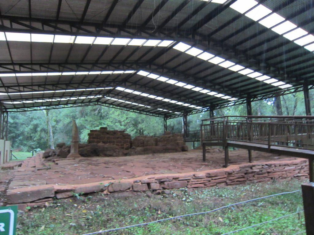 Visita a las ruinas de Nuestra Señora de Loreto en el sur de Misiones