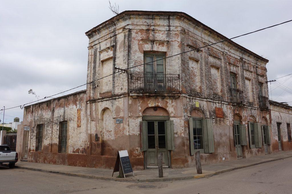 San Antonio de Areco - Boliche Besonart